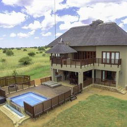 PERFECT FAMILY GETAWAY<br /> PRICE R250 000(10% Share)