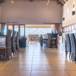SPACIOUS LIVING<br /> PRICE: R4 000 000