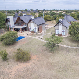 SHARED MODERN LIVING<br /> Shares from : R325 000