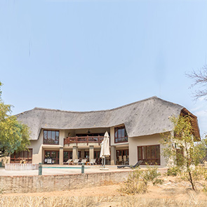 EASY LIVING<br /> 10% Share: R550 000
